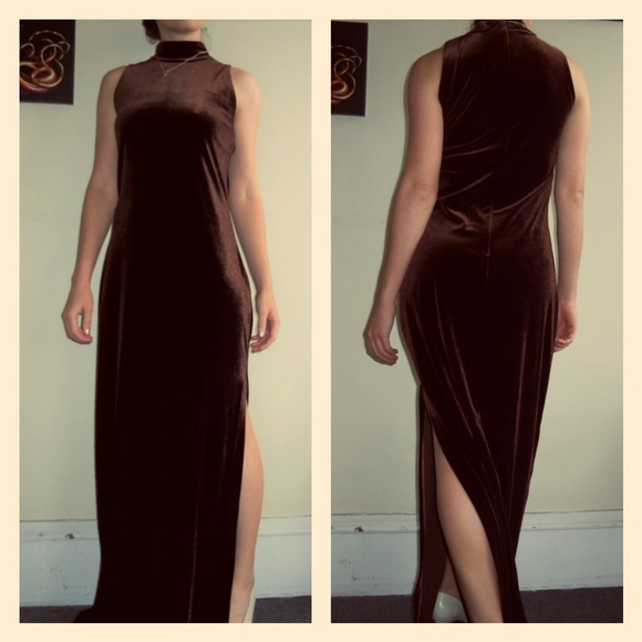 Brown Vintage Velvet Evening Dresses